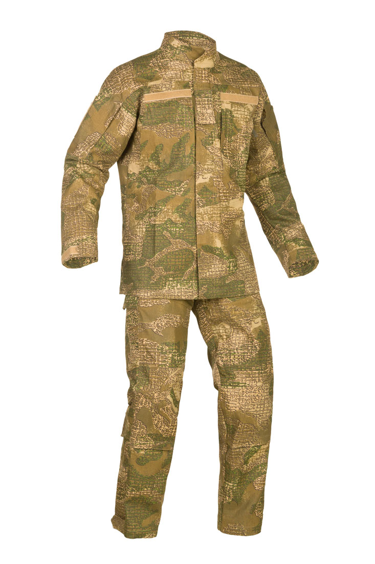 Military field camouflage suit
